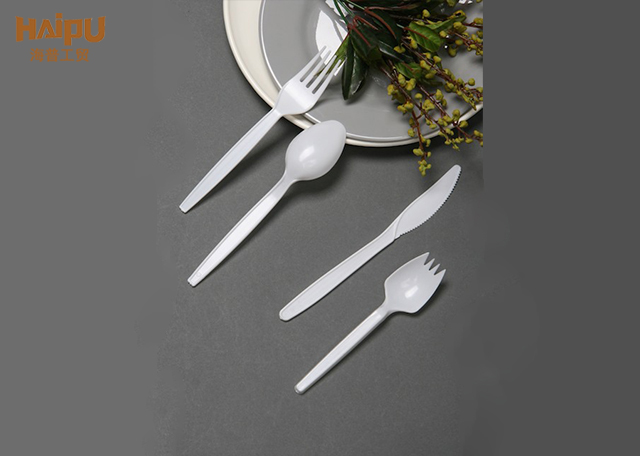 Cheap Dinnerware Ps 2.2G Disposable Plastic Light Weight Fork Spoon
